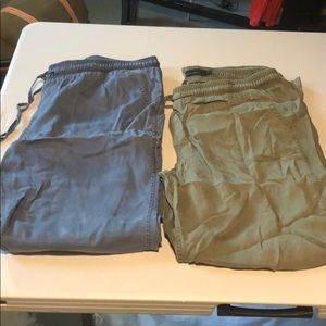 2 pairs of Calvin Klein pants size L